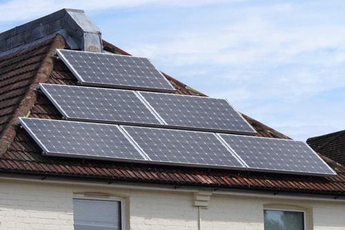 Het bijhouden van de opbrengsten van zonnepanelen